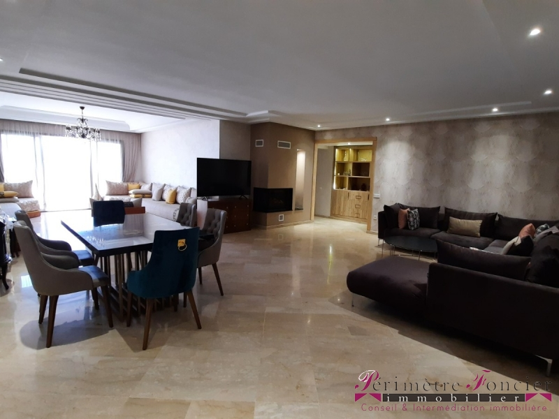 MAARIF EXTENSION CASABLANCA- VENTE D'UN TRES BEL APPARTEMENT  202 m²